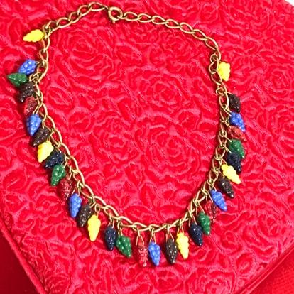Photo Retro 1930's Czech Glass Grape Necklace