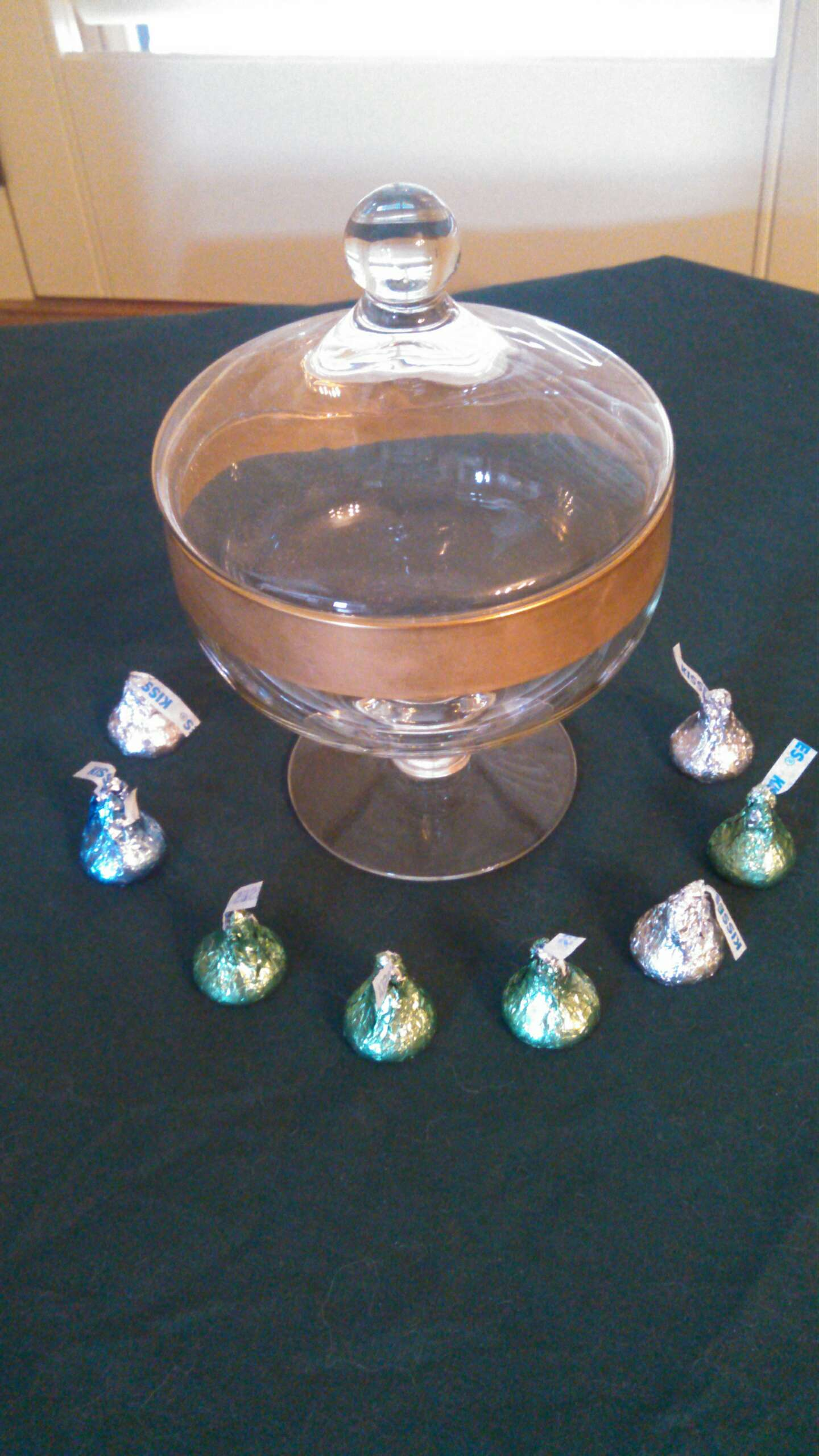 Photo 1960s Vintage Glass Candy Dish