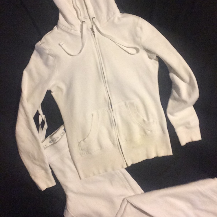 Photo Women's Size Small White Jog Suit