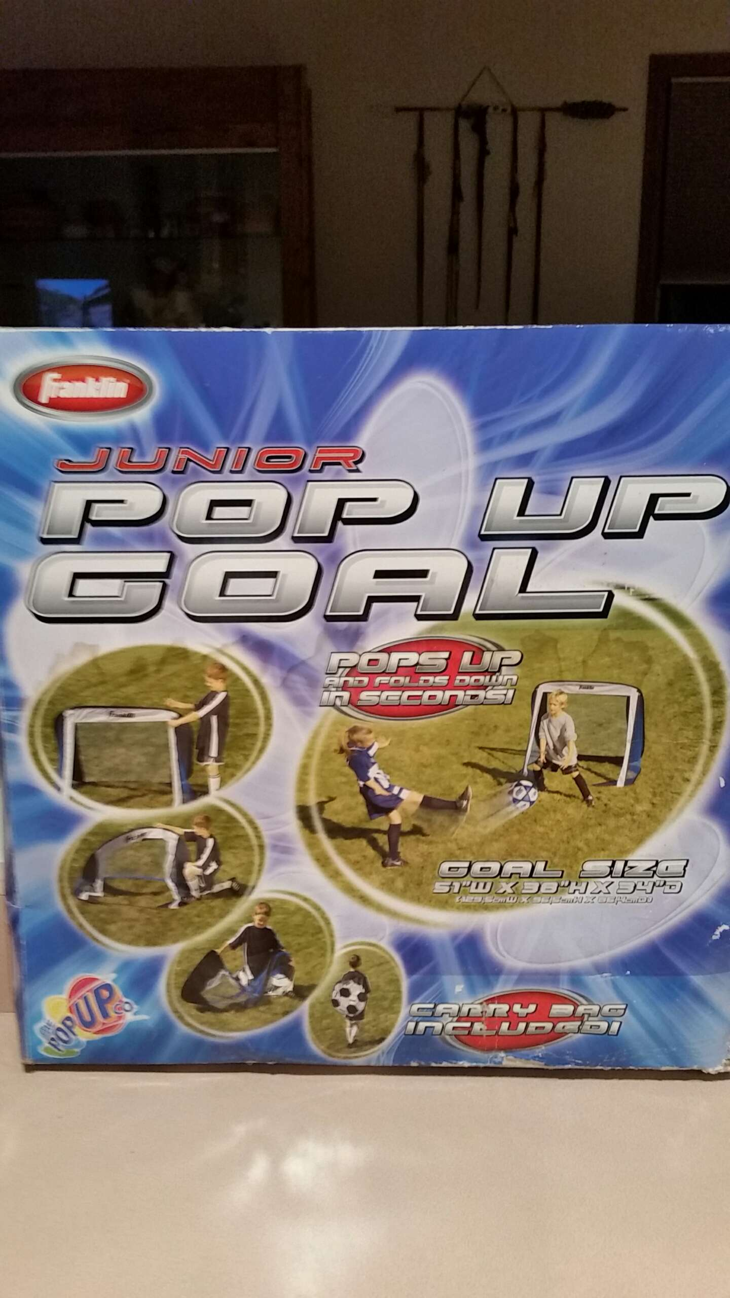 Photo NIB. FRANKLIN JUNIOR POP UP GOAL WITH CARRY BAG. PICK UP MIDDLEBORO ONLY. SERIOUS INQUIRIES ONLY.