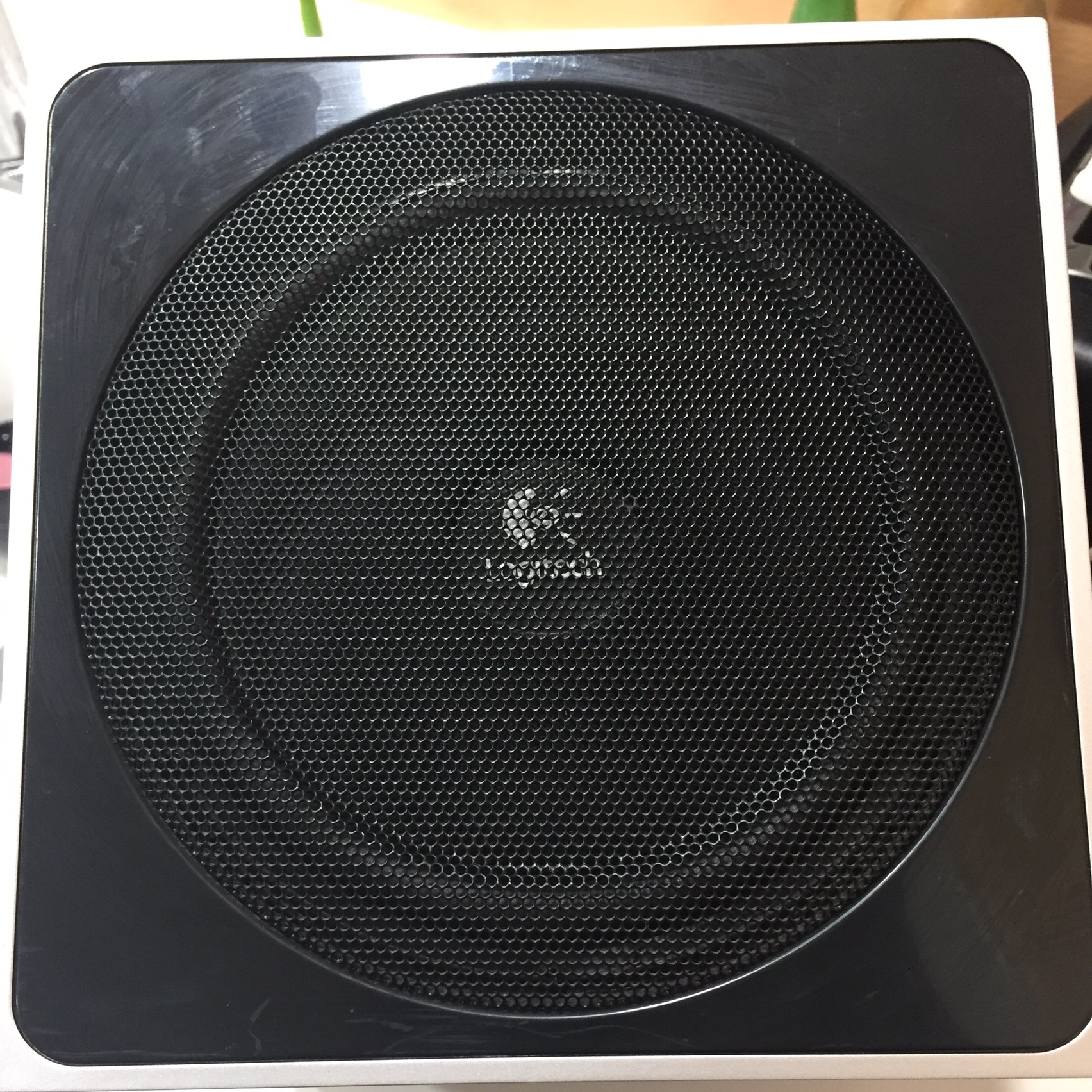 Photo SUBWOOFER LOGITECH Z-4 2.1 .NO SPEAKERS .