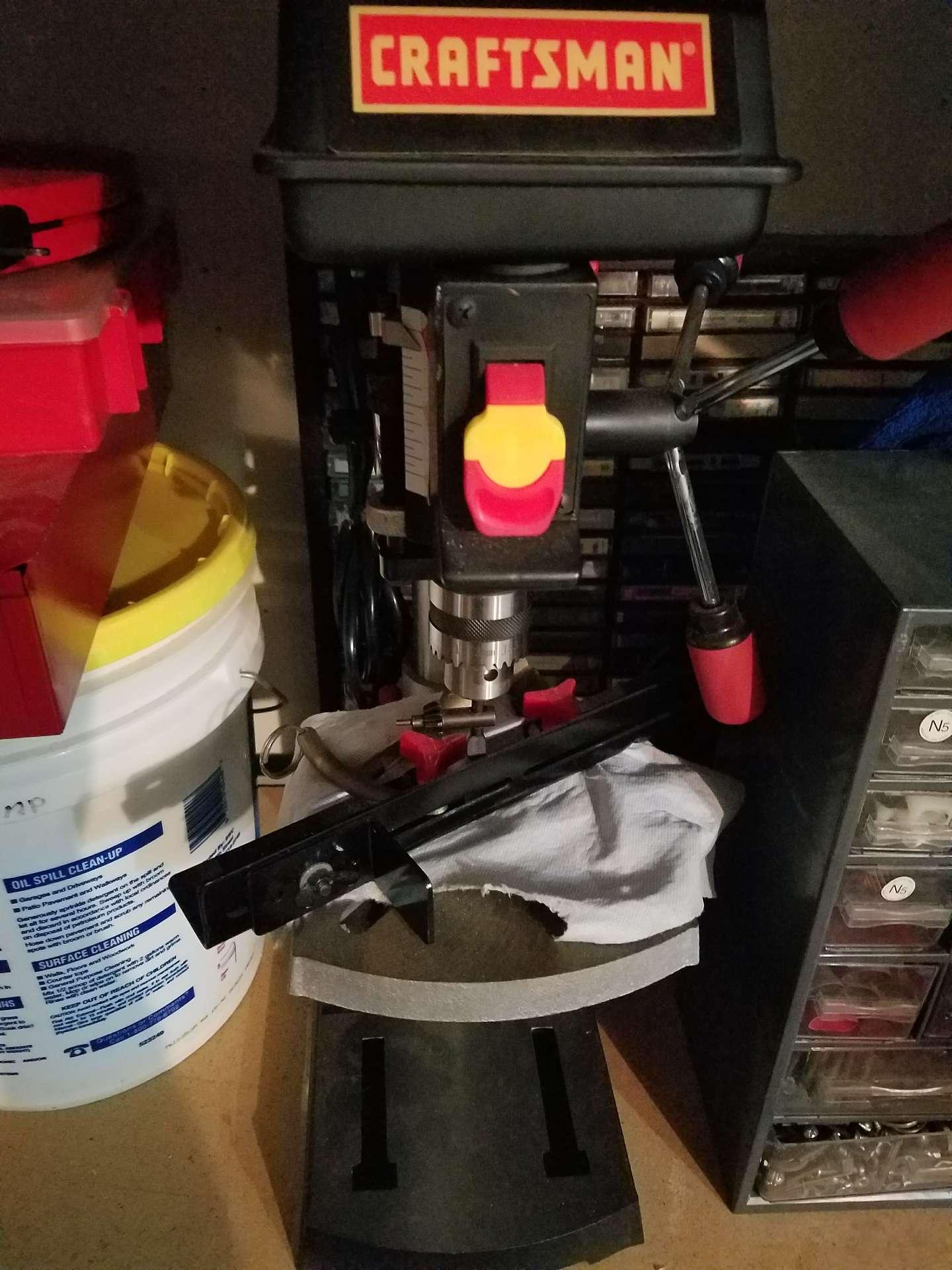 Photo Craftsman drill press