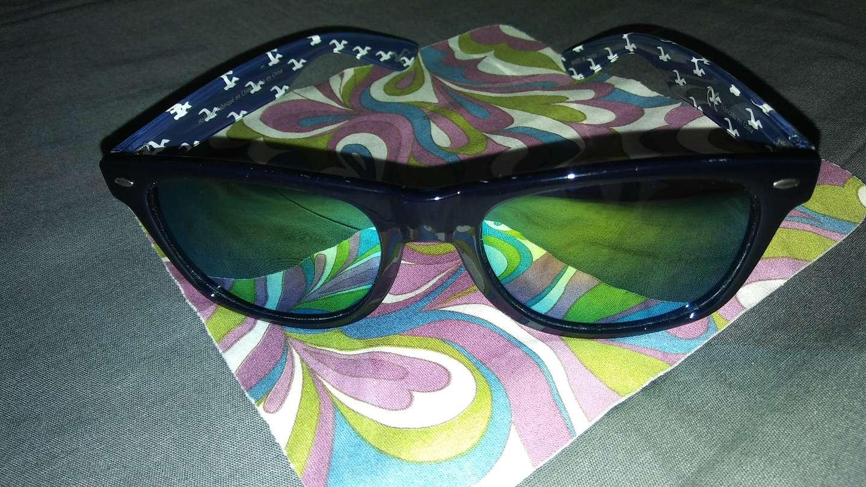Photo Hollister Sunglasses $15🌴