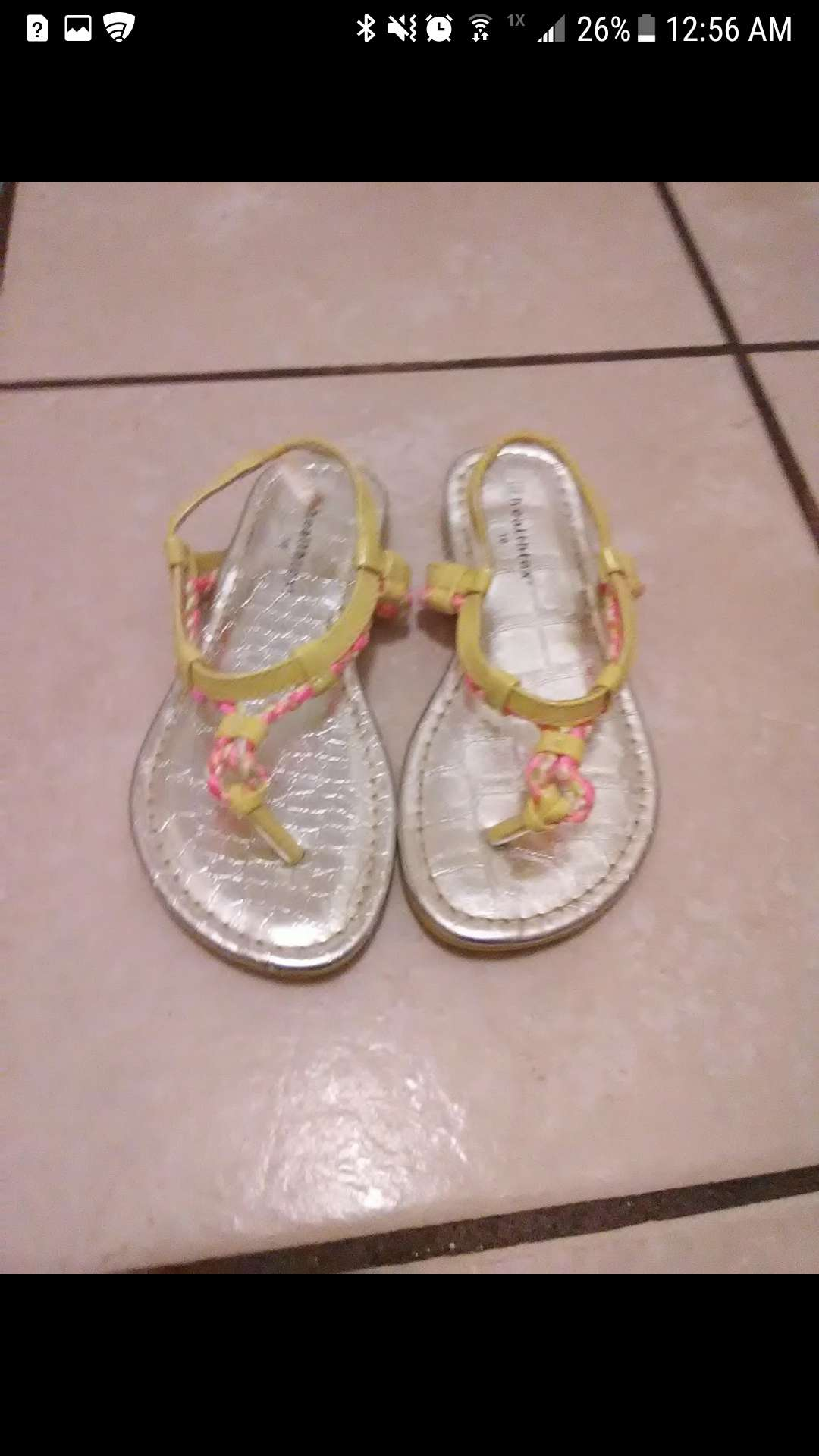Photo Toddler girl sandals size 10