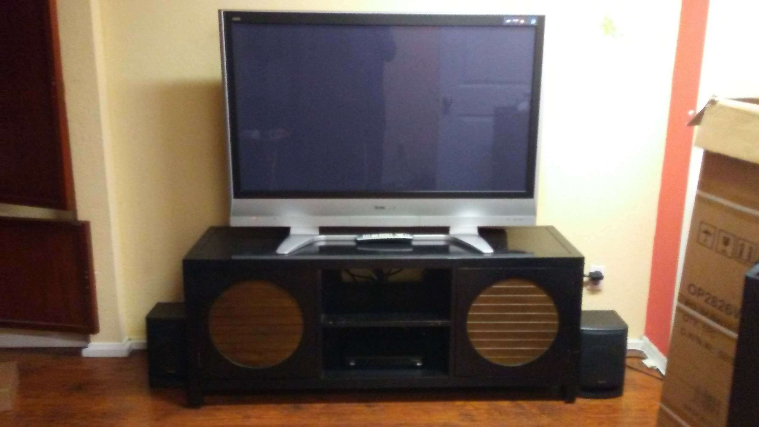 Photo 47 inch Panasonic TV
