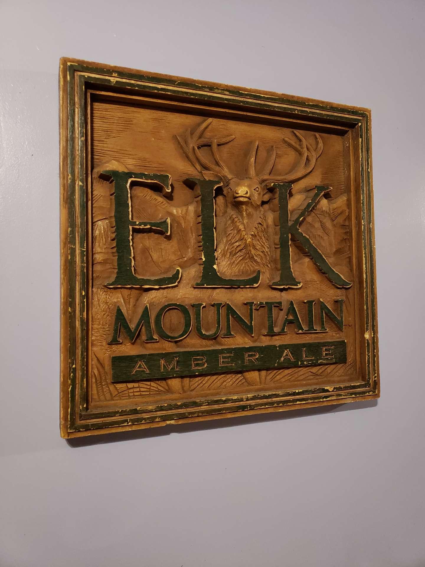 Photo Vintage Elk Mountain Amber Ale Sign