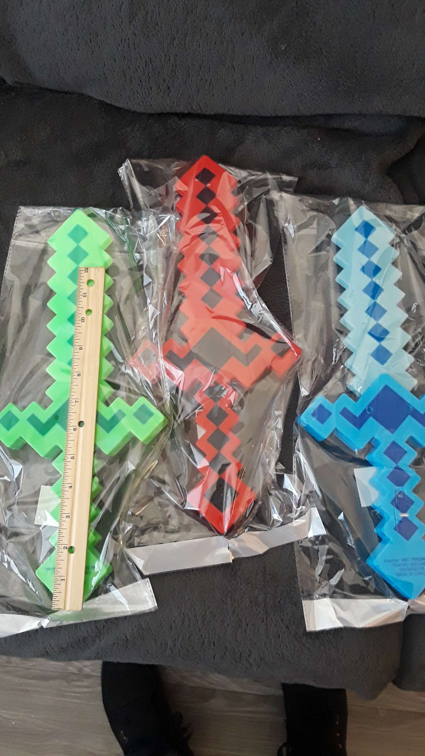 Photo New Light Up Swords with Sound Fx! // Selling Quick// $5 Each// Price is Firm