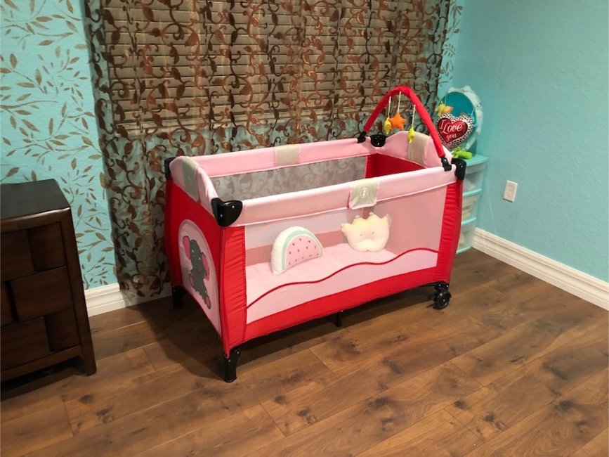 Photo Kids crib, bed, play ground, brand new never used.