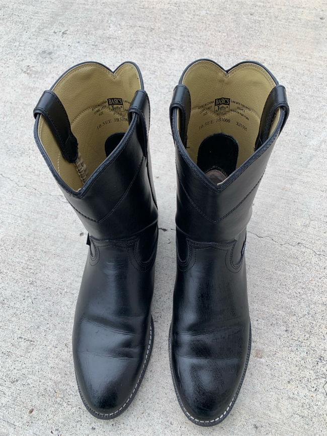 Photo Cavenders boots size 10 1/2 EE