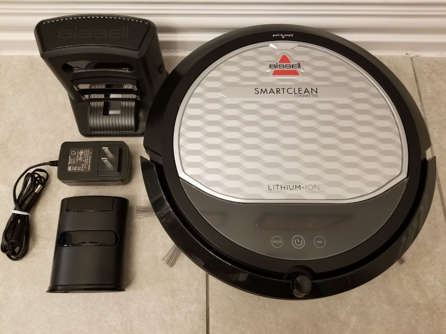 Photo NEWEST MODEL Bissell SmartClean 2147 Connected Robotic Vacuum - Only Used Once!