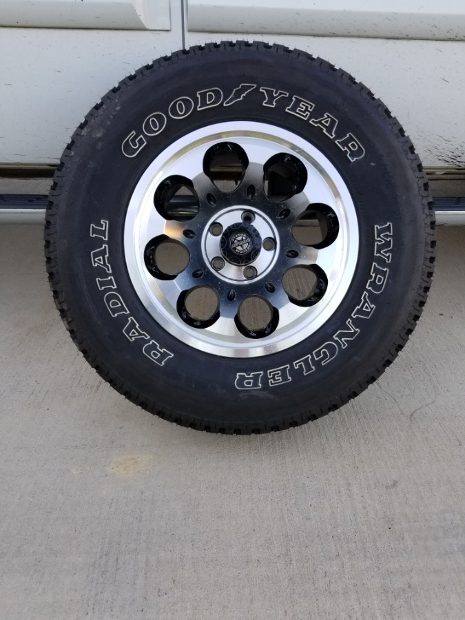 Photo NEW American Outlaw RANGER S-123 Wheel (15x8) with NEW Goodyear Wrangler Tire P235/75R15