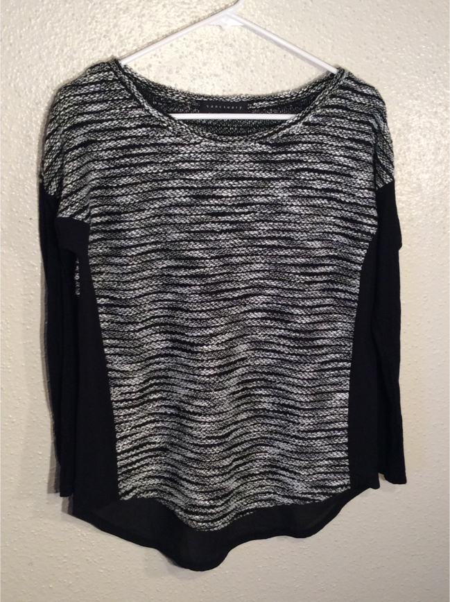 Photo Brand New Black White Women's SANCTUARY Long Sleeve Sweater Tunic in package - Size M-L