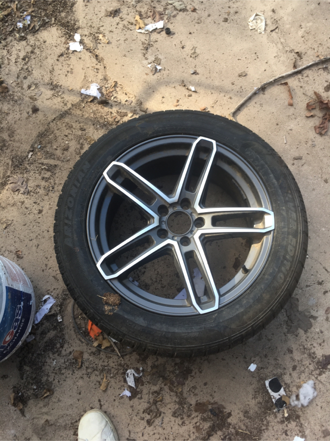 Photo 2012 Chevy Cruze tire