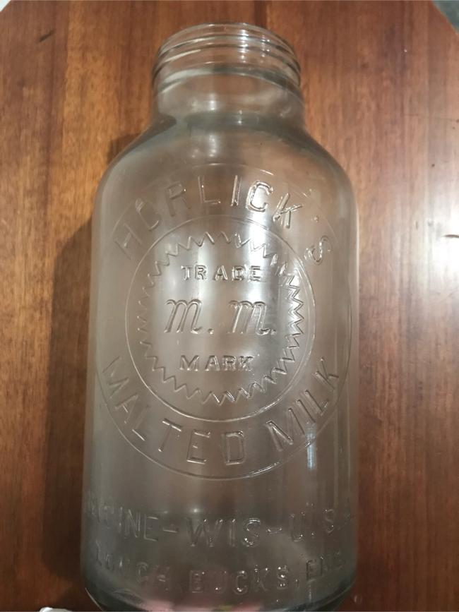 Photo Large vintage glass Horlick's malted milk bottle Racine Wis Trade Mark M.M. dairy