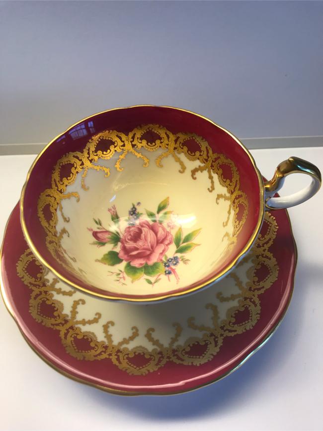 Photo Aynsley bone china tea cup & saucer England 2146 large pink cabbage rose, burgundy & gold trim