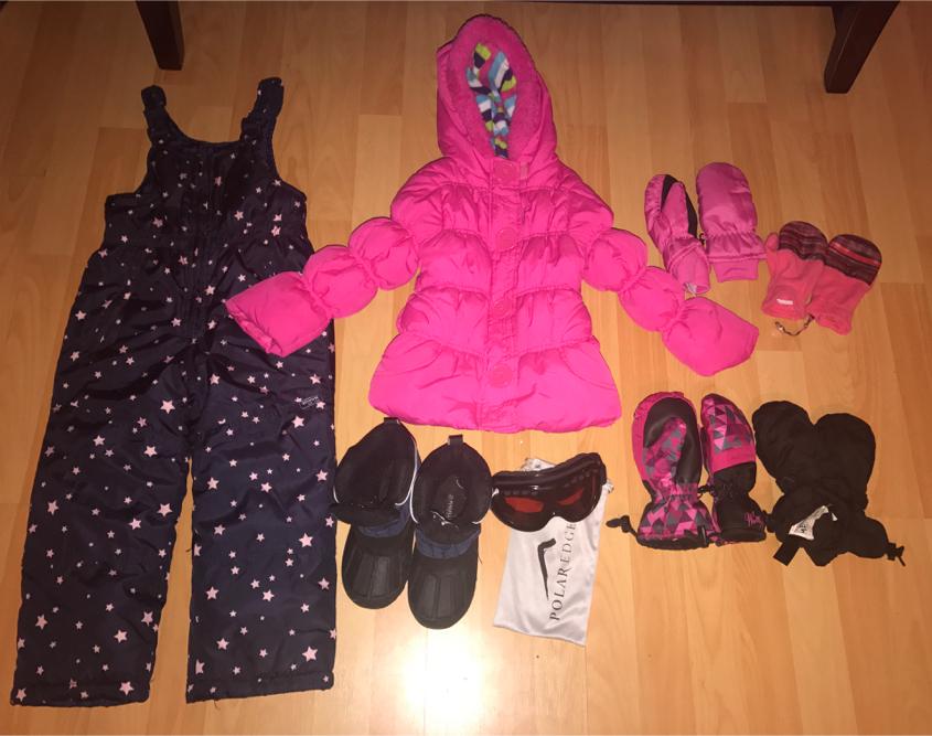 Photo Size 4T Girls snow/ski clothes