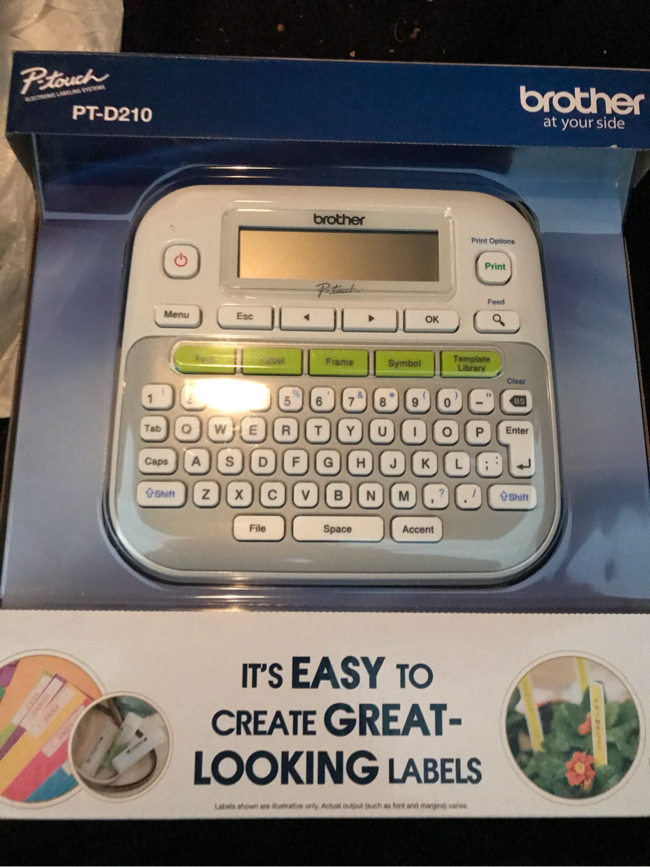 Photo Brand New Brother P-Touch label maker machine