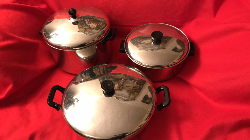 "Photo 6 pics Pots/Pans Set, ""Like New"""