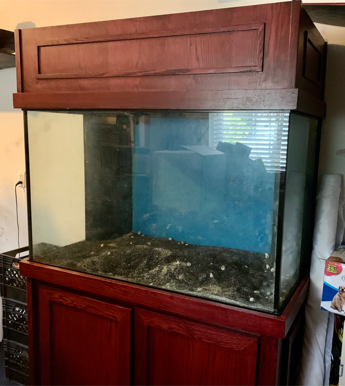 Photo 150 Gallon Fish Tank with Sump and Solid Wood Stand