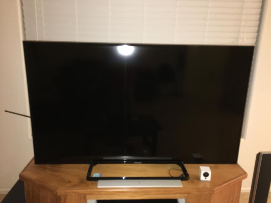 """Photo Panasonic 50"""" lcd TV"""