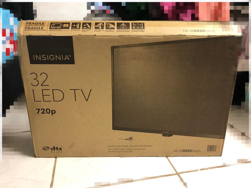 """Photo Insignia 32"""" led tv"""