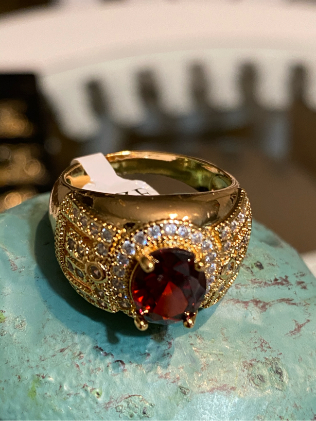 Photo Men's Gold Plated Ring With CZ Garnet Size 8,11