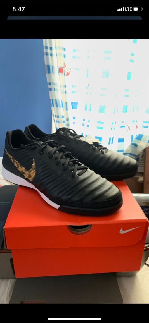 Photo Nike Soccer Indoor Shoes