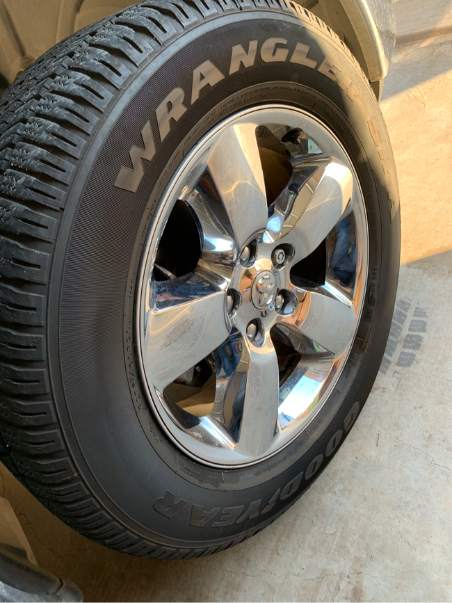 Photo 2019 dodge ram lone star wheels and good year tires