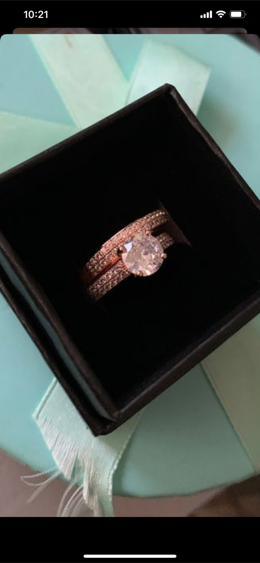 Photo Junxin 925 Sterling Silver/18K Rose Gold Round Cut White Sapphire Diamond CZ Wedding Band Engagement Rings Size 5 or 7