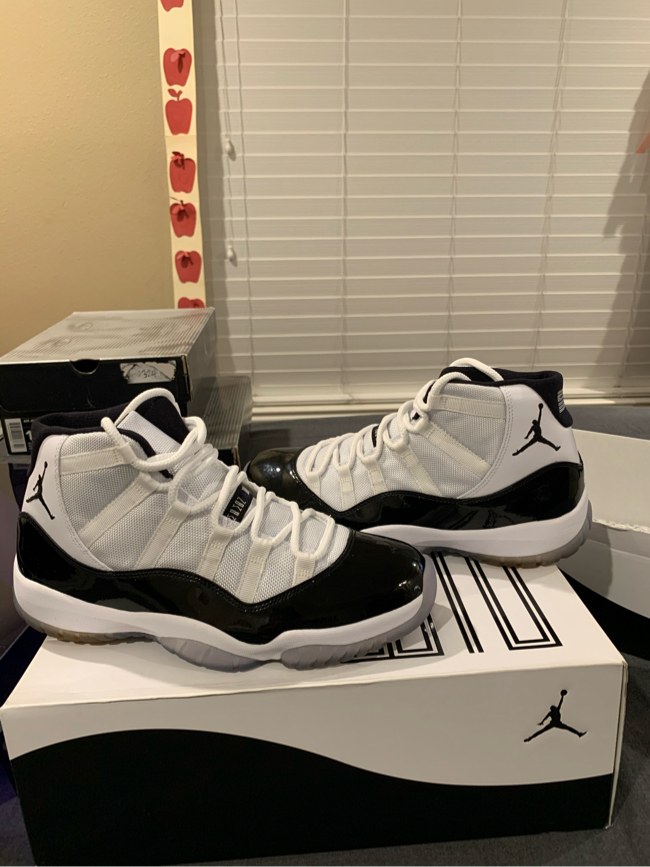 "Photo 2011 Air Jordan Retro 11 ""Concord"""
