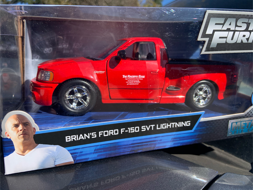 Photo Fast & Furious Ford F-150 SVT LIGHTNING TRUCK 1/24 Scsle