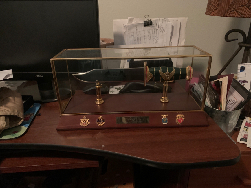 Photo WW2 Franklin Mint salute to all branches of the Millatary it's a Beautiful piece and they only