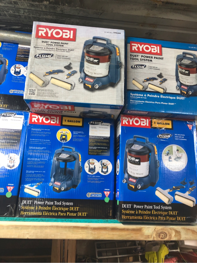 Photo Ryobi 1 gallon Power Paint System