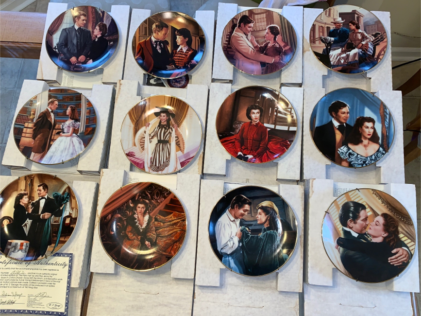 Photo Gone With the Wind collectors plates (12 Total)