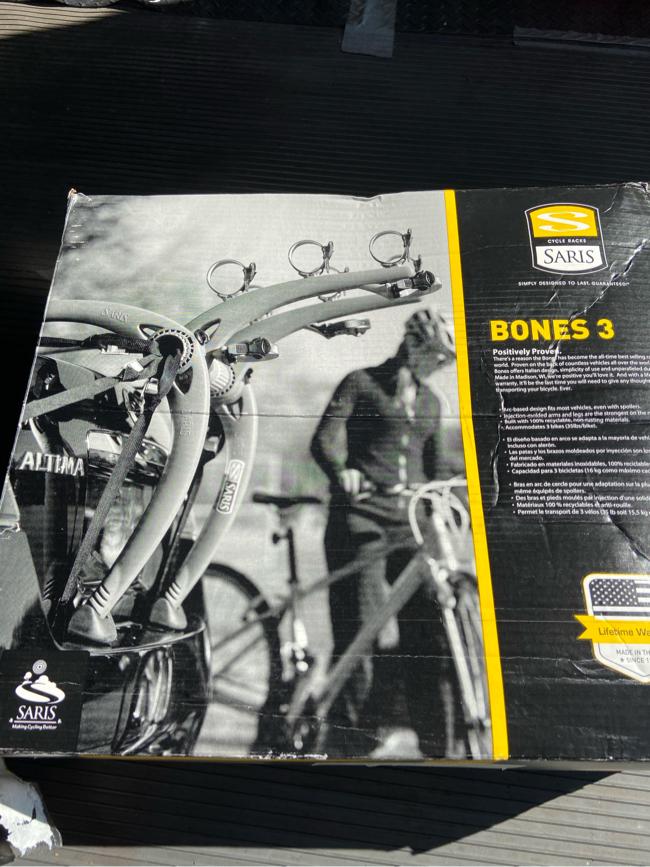 Photo Saris bones 3 bike rack.