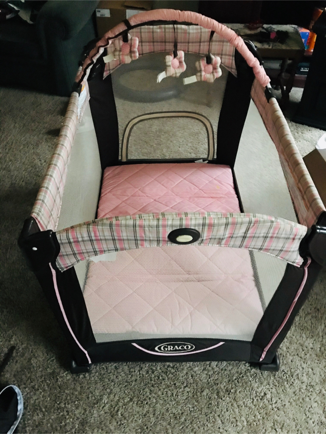 Photo Graco baby play yard