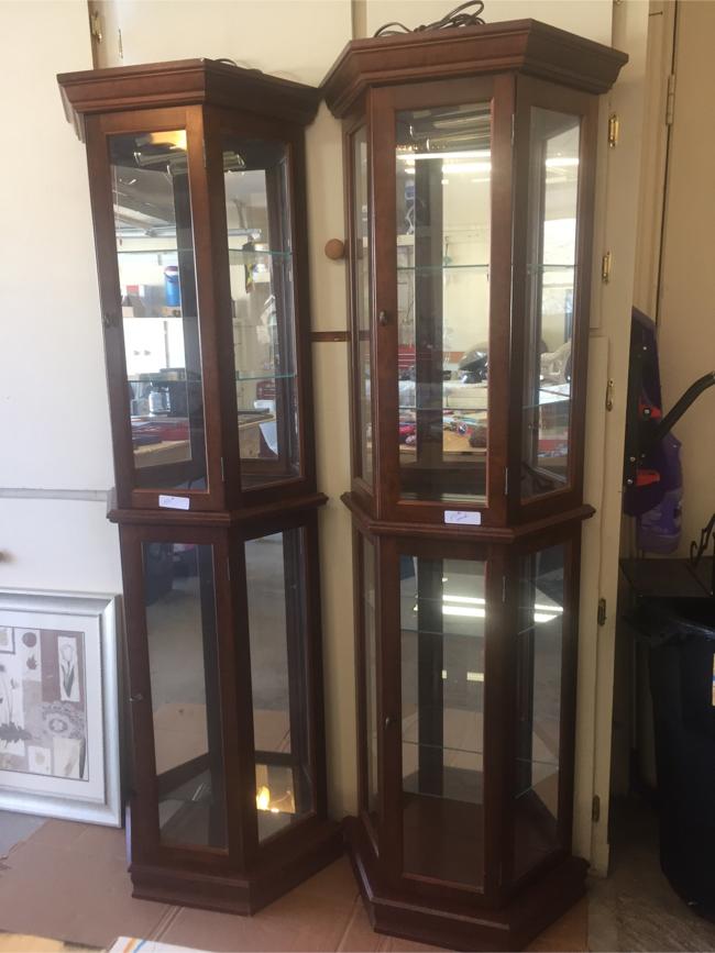 Photo Wood glass shelves
