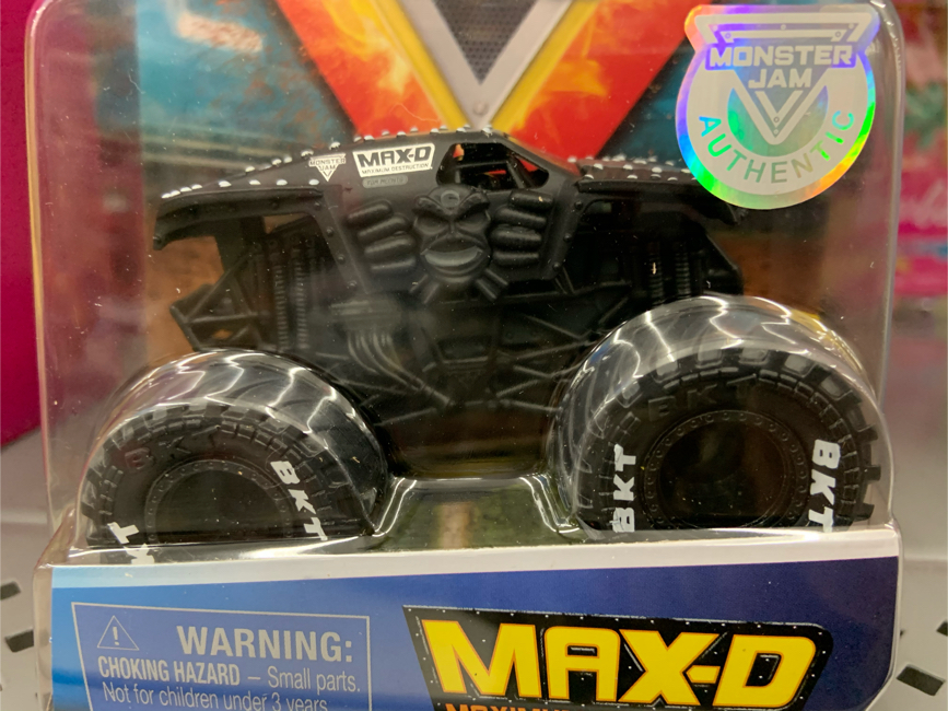 Photo Monster Jam Max D Blacked out truck