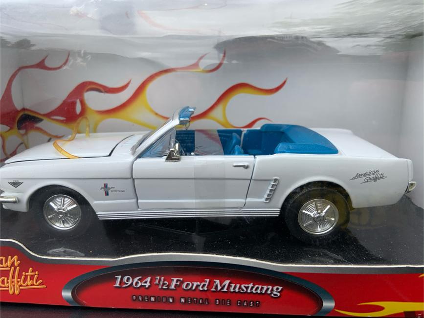 Photo American Graffiti 64 Ford Mustang 1/24