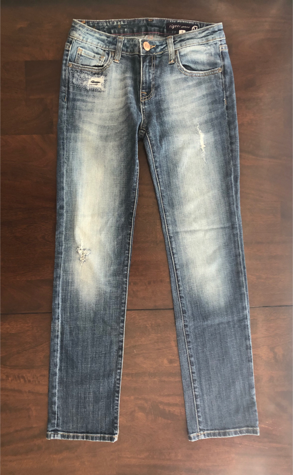 Photo Women's Size 5 Vigoss Ripped Distressed Wash Jeans Stretchy Pants 29 - 30 inch Waist