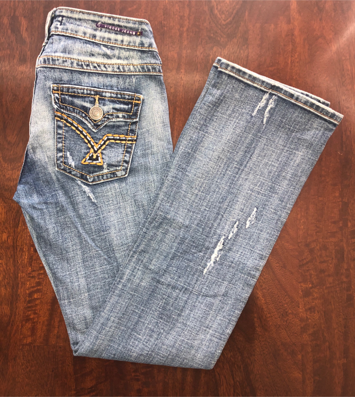 "Photo Women's Size 5 Vigoss Ripped Jeans Blue Distressed light Wash Stretchy Pants 30 inch Waist 31"" Inseam"