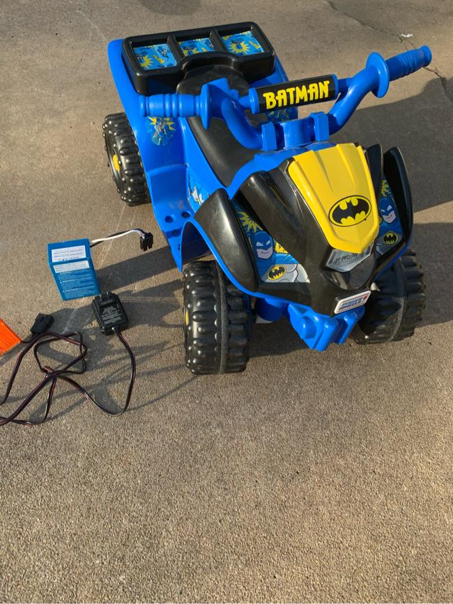 Photo Power wheels Batman lil quad four wheeler