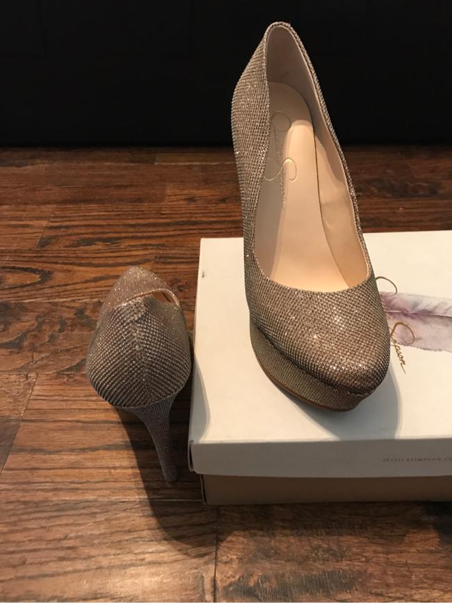 Photo Jessica Simpson heels