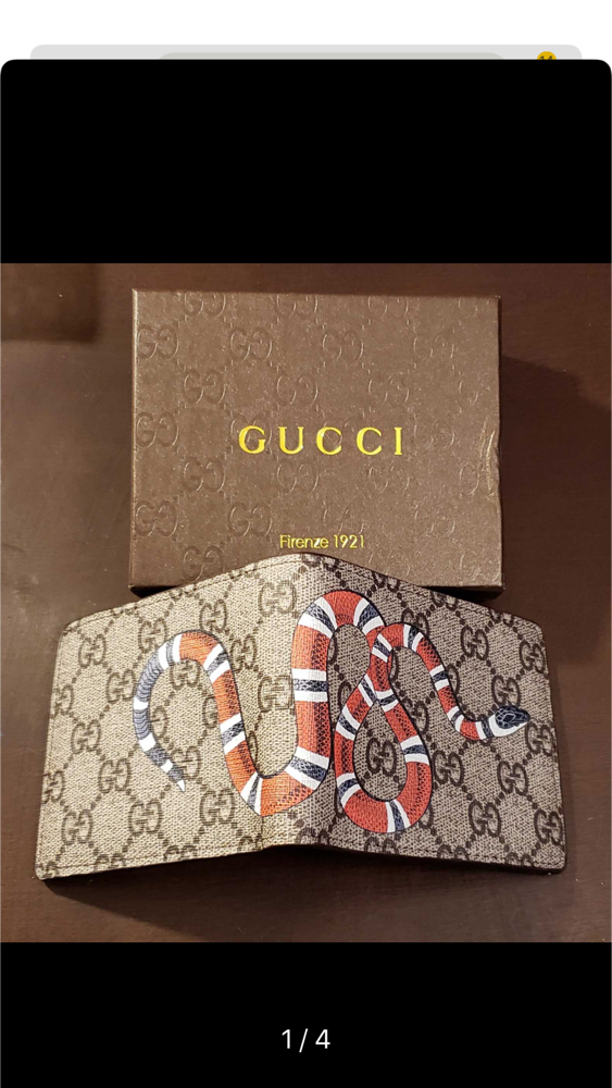 Photo Brand new Gucci wallet