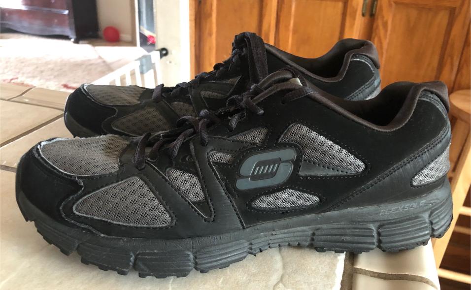 Photo Men's Skechers SAS Tri - Pad Comfort Size 10 Light Weight Shoes