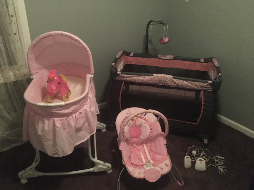 Photo Bassinet, Play Pen, Rocker & Baby Monitor ALL YOUR BABY GIRL NEEDS!