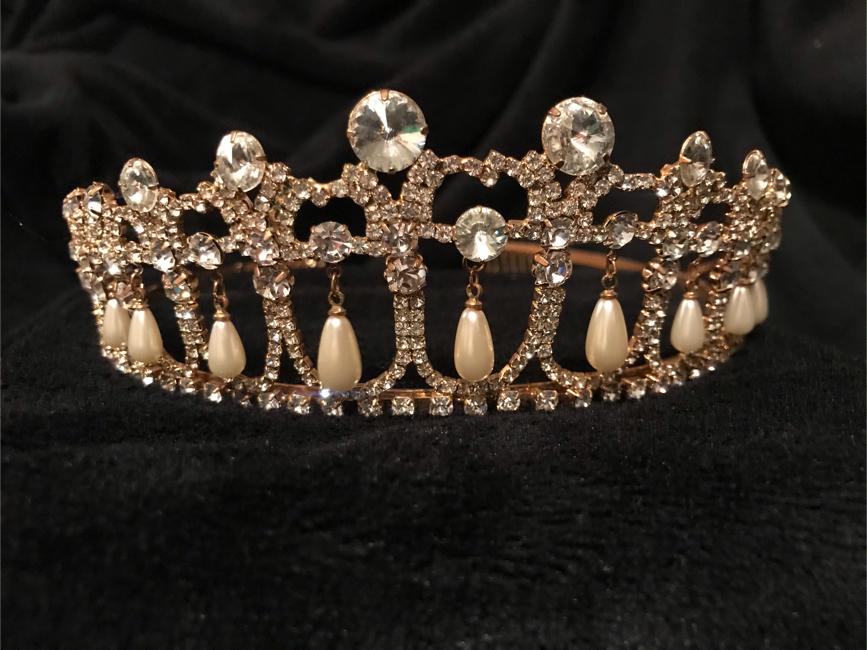 Photo Princess Diana Replica Tiara, Gold, Pearl & Jewel Detailed For Wedding, Prom