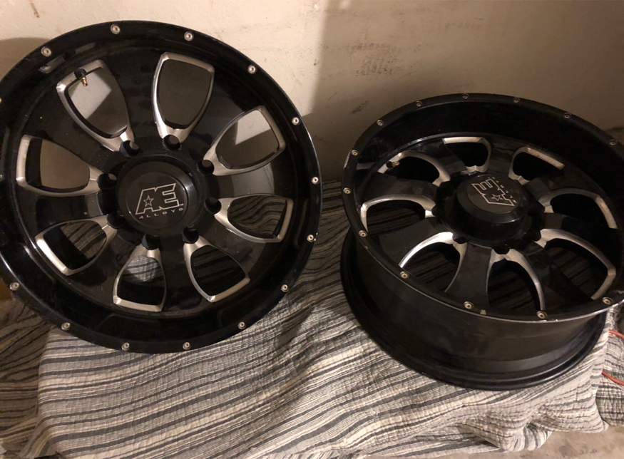 Photo 8Lug 2011+ Chevy 20x9 Eagle Alloy Wheels