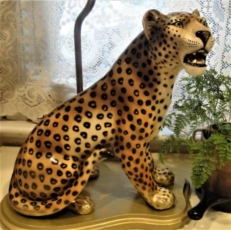 Photo Vintage Large Cheetah/Leopard Table Lamp Hand-Painted Porcelain with new shade. This is a rare table lamp featuring a jungle cheetah/leopard in mid-roar. The porcelain ceramic sculpture is mounted on a gold-painted wooden base. The cat is 14 tall sittin