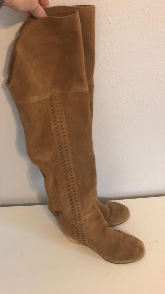 Photo Tan suede boots Sz7